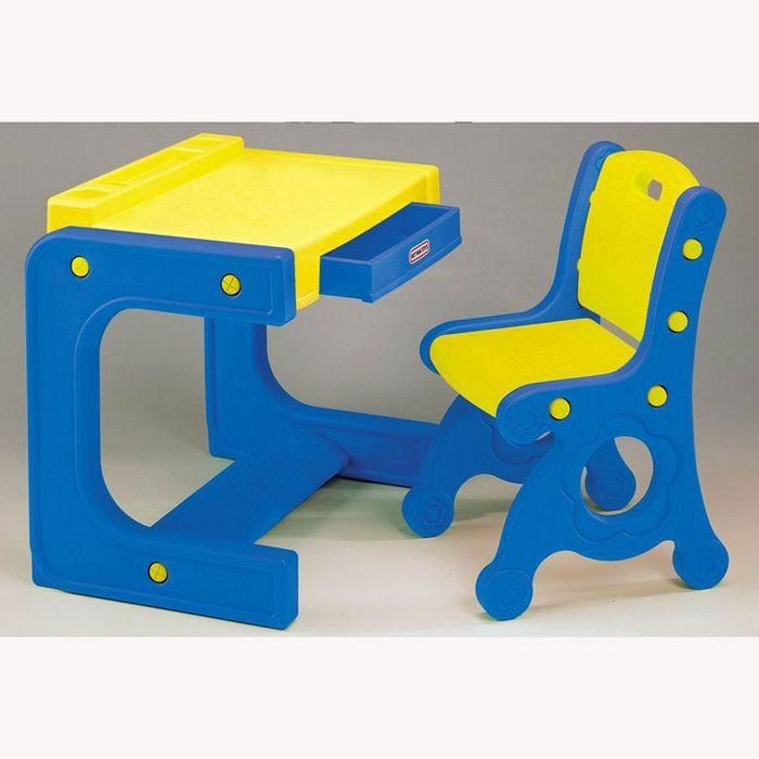 Столик и стульчик