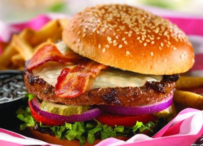 Праздничный гамбургер