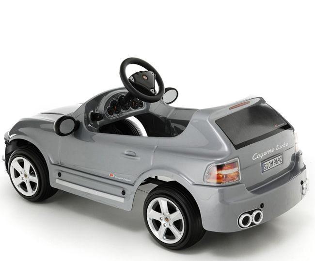 Автомобиль с педалями