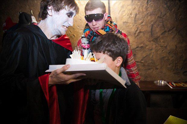 День рождения в Доме Ужасов