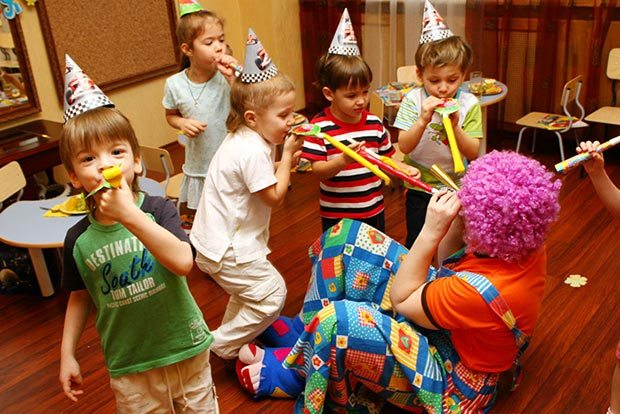 Веселые конкурсы с клоуном