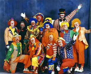 Аниматоры и клоуны на детский день рождения в Казани
