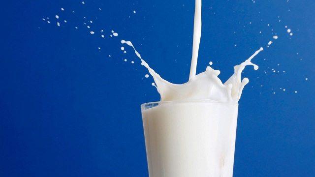 Лактоза - это первая сладость ребенка, которая попадает с молоком