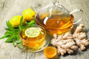 Самый простой способ дать ребенку имбирь - приготовить из него чай