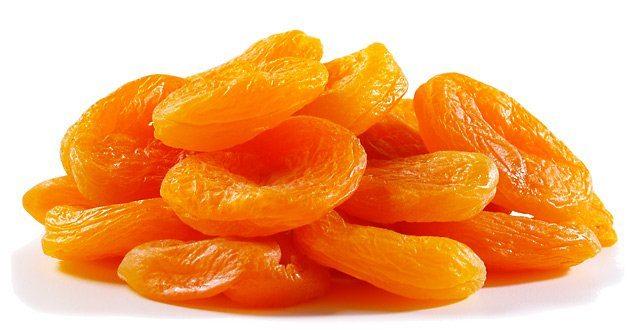 Курага очень богата витаминами