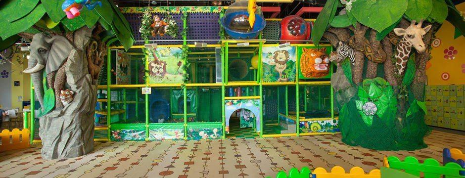 В детском развлекательном центре ребенок весело проведет время