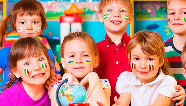 В языковом лагере дети улучшат свои знания по иностранным языкам