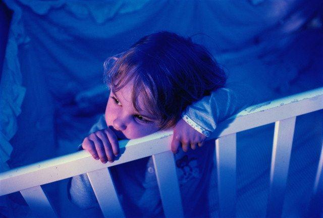 С нарушением сна у ребенка поможет справится психолог