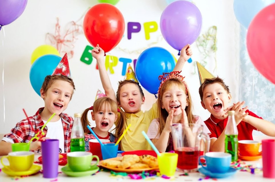 Торт «Черный лес» и радужный пирог - 2 вкуса для настроения на день рождения