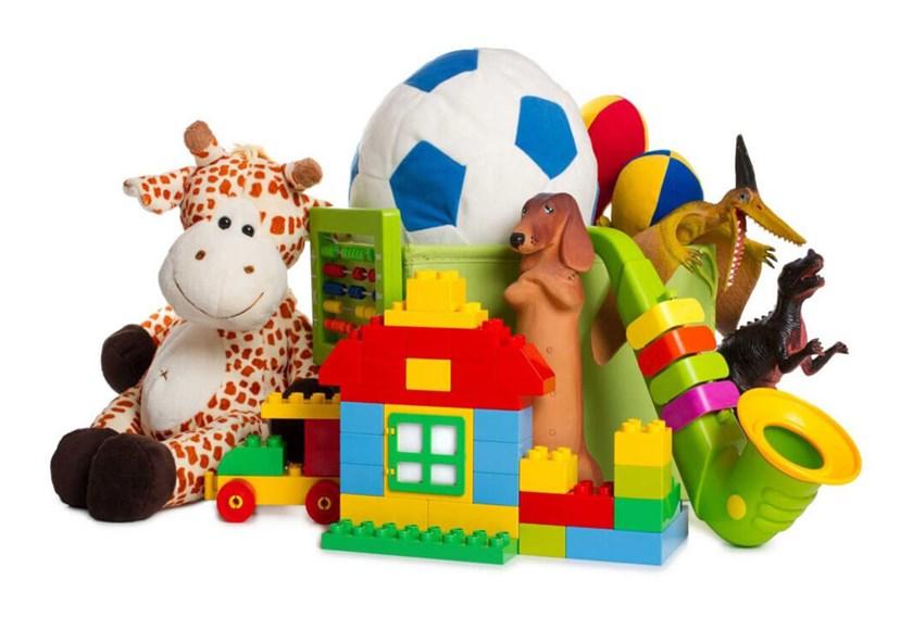 Всегда ли опасны детские пластиковые игрушки
